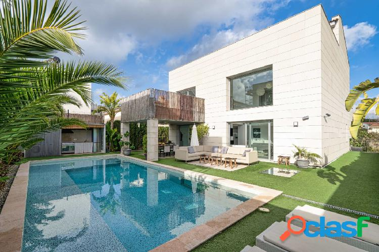 Se vende Villa independiente de exquisito diseño con