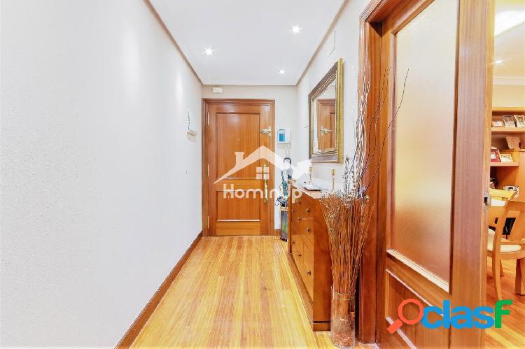 Se vende amplia vivienda de 3 Dormitorios gran salón