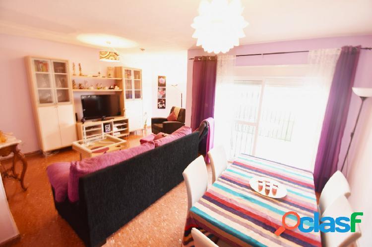 Se vende apartamento de 2 dormitorios en Benalmádena Costa