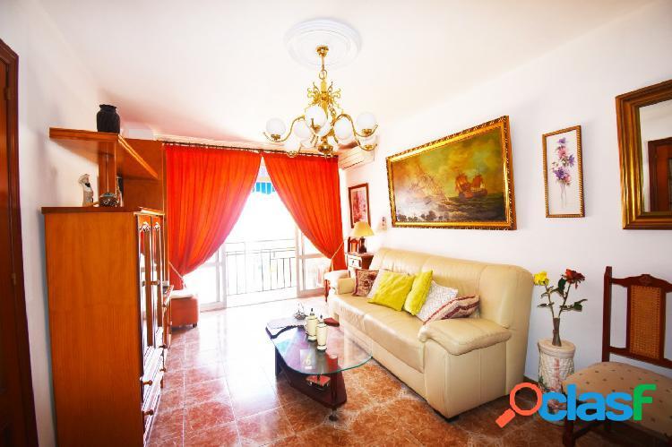 Se vende apartamento de 2 dormitorios en Fuengirola