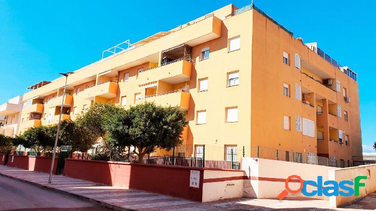 Se vende apartamento de 2 dormitorios en Roquetas