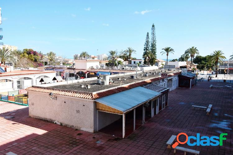 Se vende apartamento de 2 dormitorios en zona de Puerto