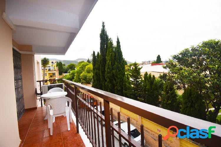Se vende apartamento de 3 dormitorios en El Pinillo
