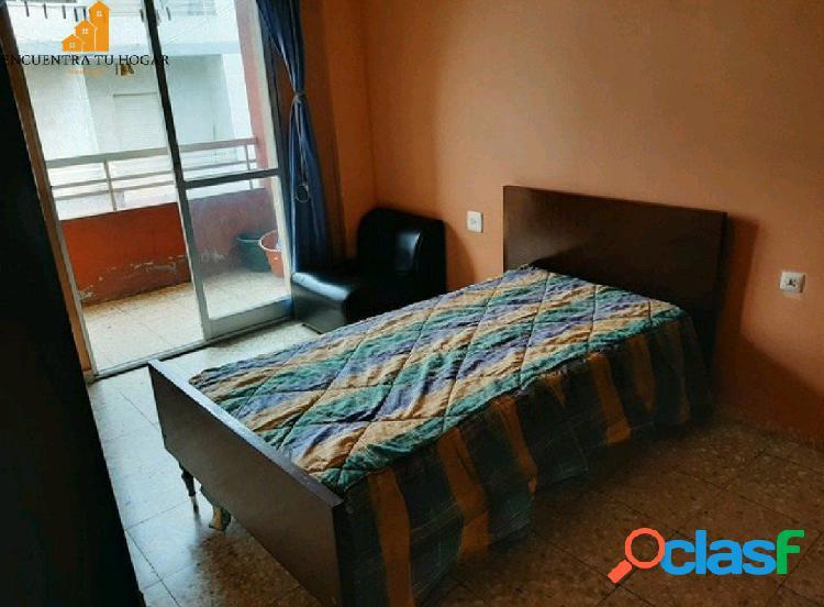 Se vende apartamento en la zona de la Cuña, Ourense.