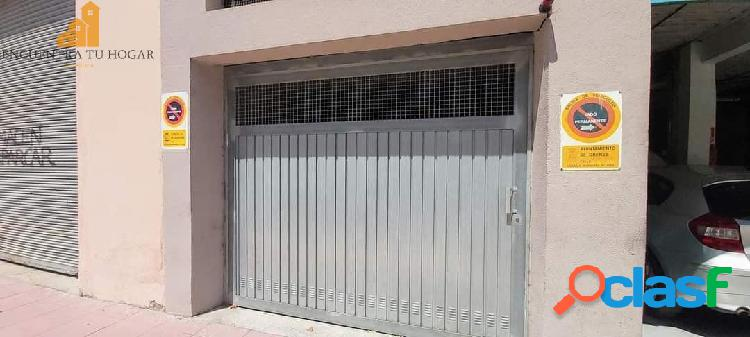 Se vende bajo en zona Carballeira, Ourense.