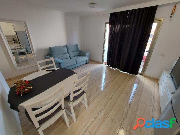 Se vende bonito apartamento recién reformado en Guargacho