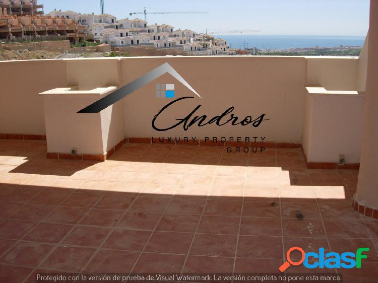 Se vende el piso de tres dormitorios, situado en Doña