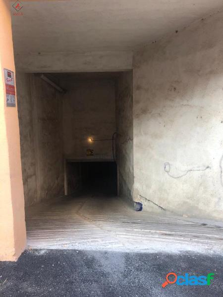 Se vende garaje privado en Arenal