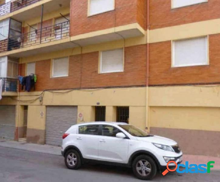 Se vende piso bien situado en Onil, 23750 euros
