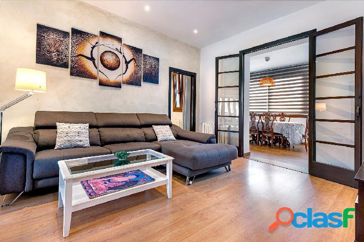 Se vende piso completamente reformado muy luminoso y amplio
