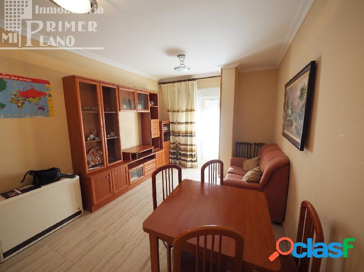 Se vende piso de 2 habitaciones en el centro de Tomelloso