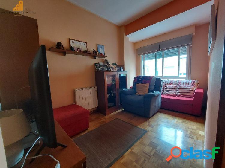 Se vende piso en San Francisco, Ourense.