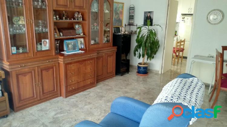 Se vende piso reformado en Alcoy --- Zona Centro