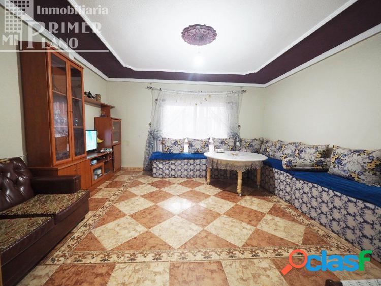 Se vende piso situado en Barrio San Juan de Tomelloso con 4