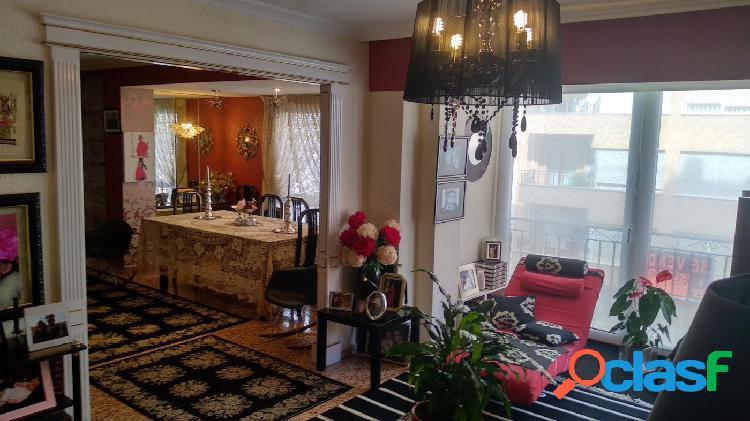 Se vende piso totalmente reformado en ALCOY -- ZONA NORTE