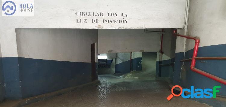 Se vende plaza de Aparcamiento Carolinas Bajas