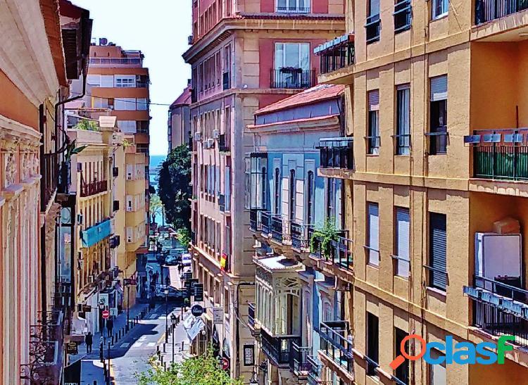Sensacional piso de 77 m2 en el centro de Alicante con