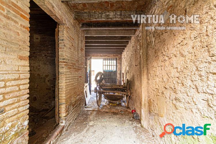 Solar urbano de 82 m² en el casco antiguo de Blanes