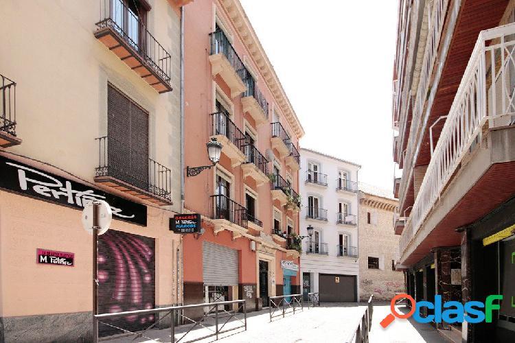 Su vivienda en Pleno Centro de Granada
