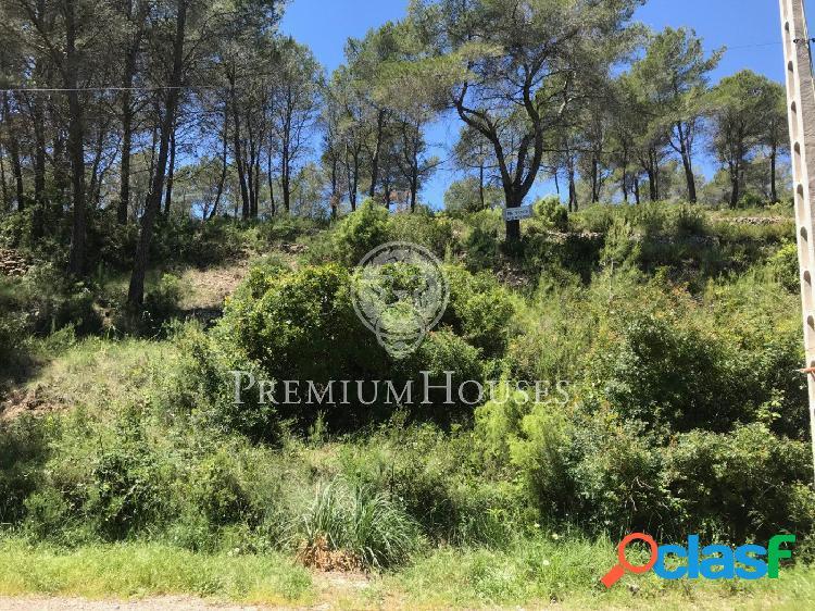 Terreno en venta en plena naturaleza con vistas panorámicas