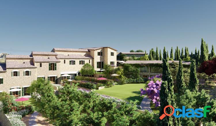 Venta de lujoso adosado de obra nueva con terraza y jacuzzi
