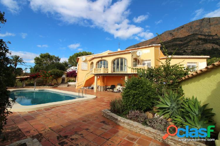 Venta de villa en Javea 530000€