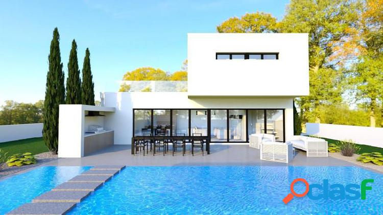 Villa de nueva construcción en la exclusiva Urbanización