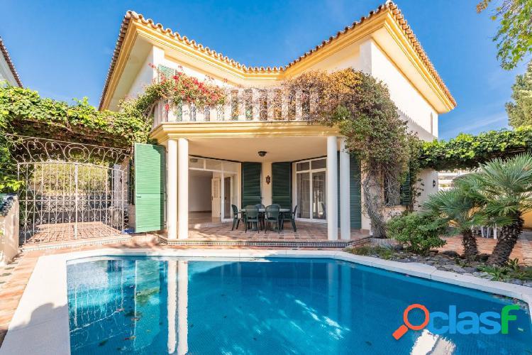 Villa en Guadalmina Baja 100 metros de la playa