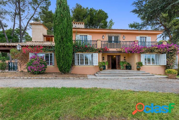 Villa independiente con piscina en venta en Son Vida