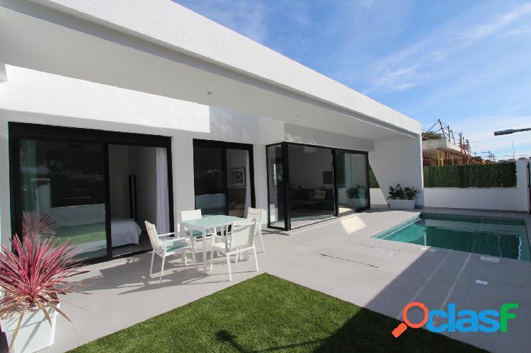 Villa independiente con piscina privada en Pinar de