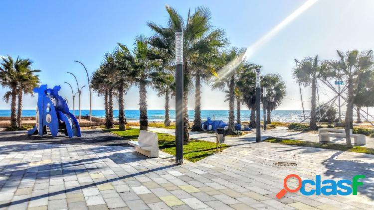 Vivienda De Dos Dormitorios en La Playa De La Mata para