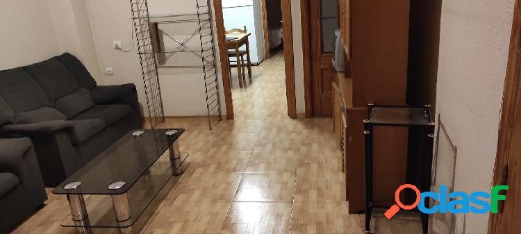 piso reformado edificio de solo 2 plantas,zona plaza madrid