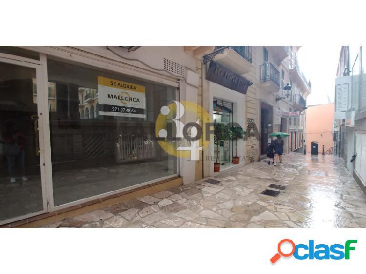 Local comercial de 60 m2 en frente PLAZA MAYOR