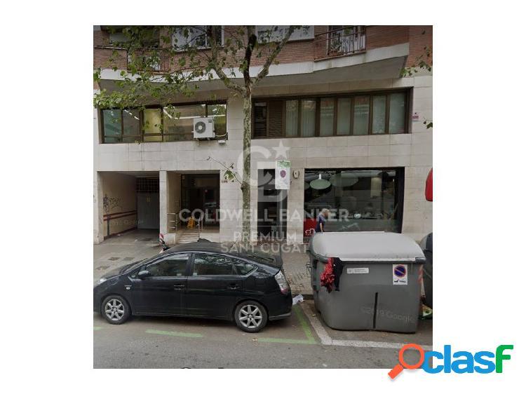 Plaza de parking en la zona Gran Vía de Les Corts con