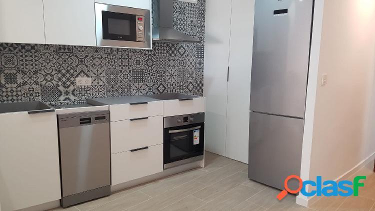 Precioso apartamento con reforma a estrenar en calle Correos