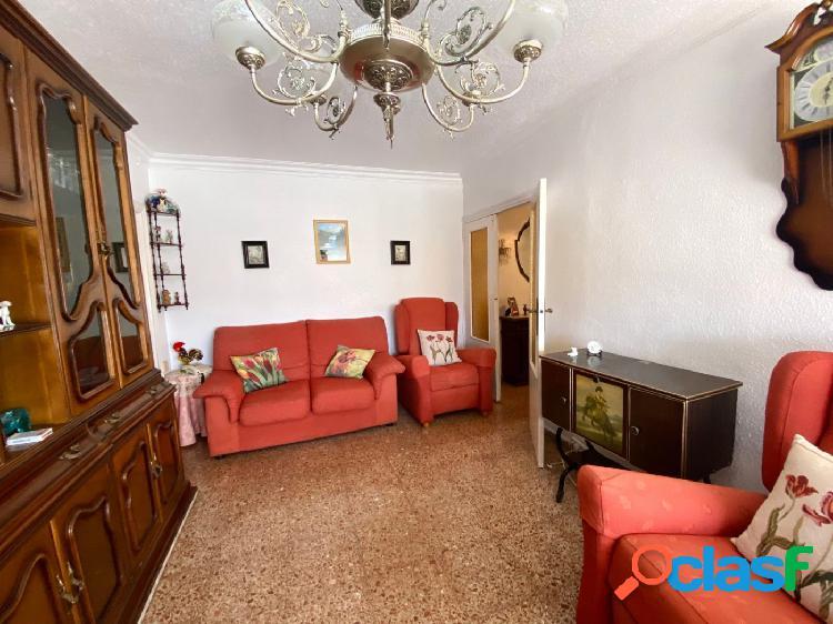 Se vende 5º piso en la zona del Ensanche de Cartagena.