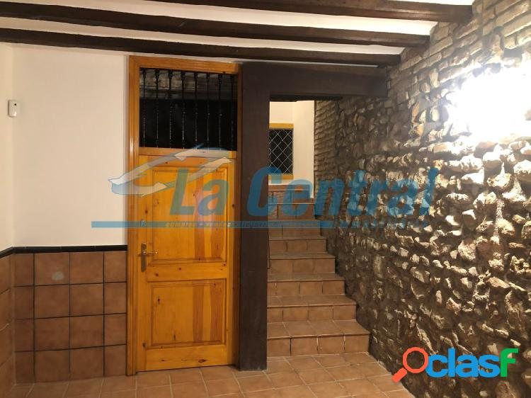 En Tortosa piso reformado en alquiler en el casco antiguo