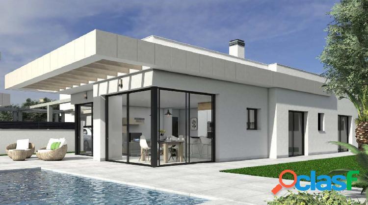 Villas de obra nueva ubicadas en Los Montesinos (Sur de