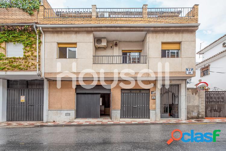 Casa en venta de 400m² en Calle Sol, 18100 Armilla