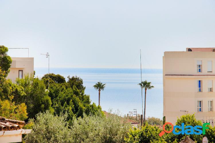 En venta Piso con vistas al mar en Cala Millor