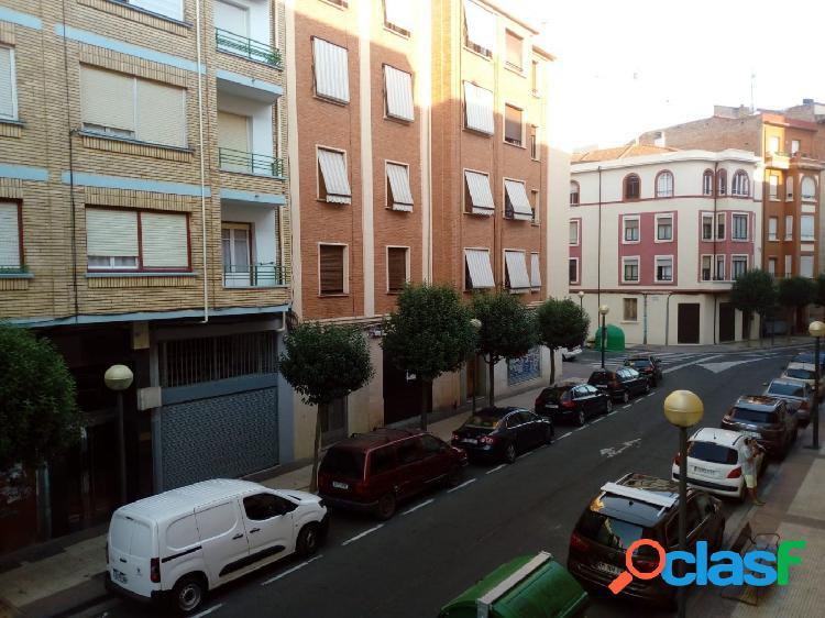 Piso totalmente reformado de 82 metros en Logroño, Zona
