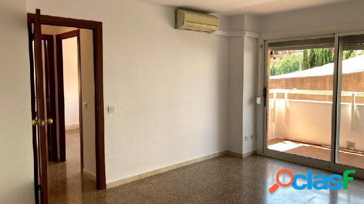 Piso de 4 hab. 112 m² const., 2 baños Pk Opcional, Nova