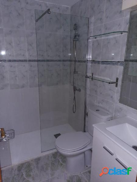 Alquiler de piso en Sol-Centro, 2 habitaciones dobles, sin