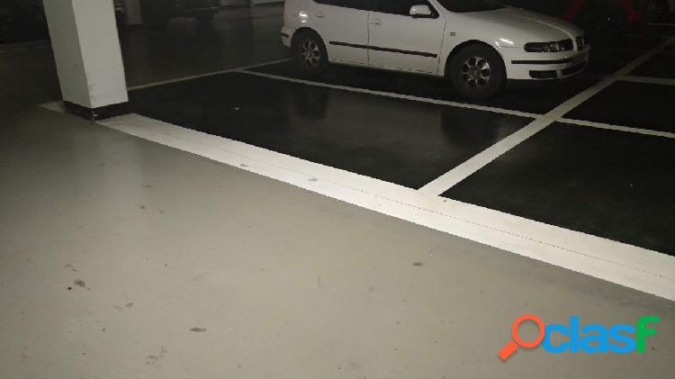 Oportunidad plaza de aparcamiento en Carrús