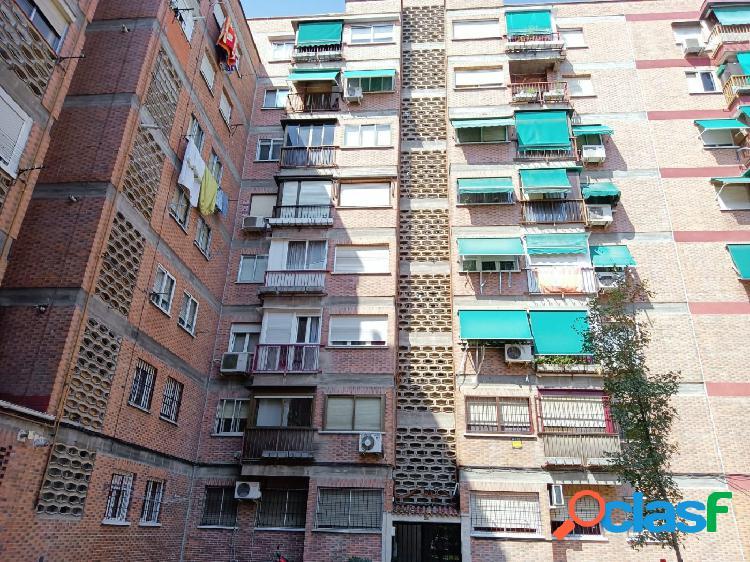 Piso en Madrid zona Aluche