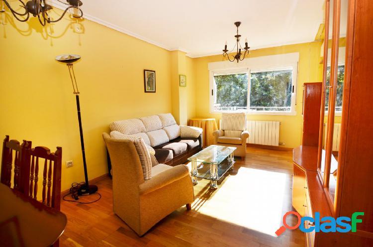 Urbis te ofrece un piso en alquiler en zona Arrabal,