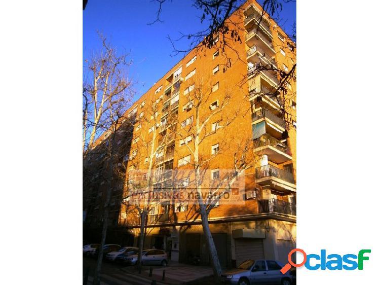 * AMUEBLADO, piso en Alminares, perpendicular a Poeta Manuel