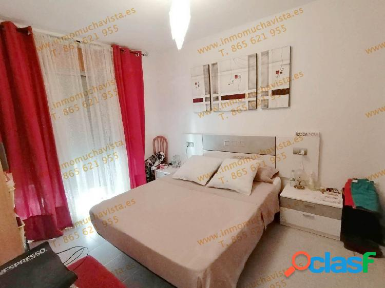 Piso de 3 dormitorios con terraza garaje y trastero en