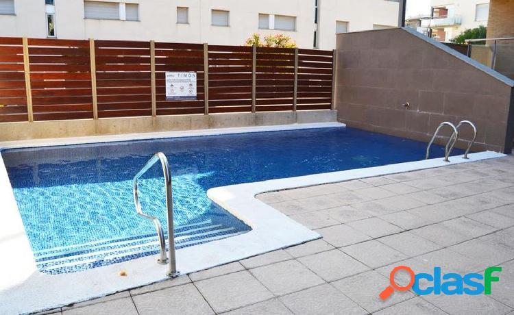 Piso de 73 m2 con 2 habitaciones, terraza y piscina