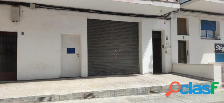 SE ALQUILA MAGNIFICO LOCAL CON INSONORIZACIÓN COMPLETA